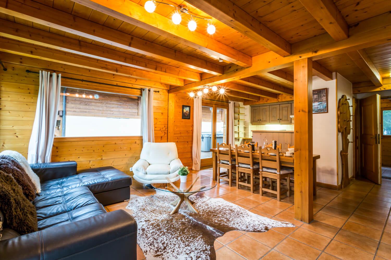 Ha1 panda livingroom 1