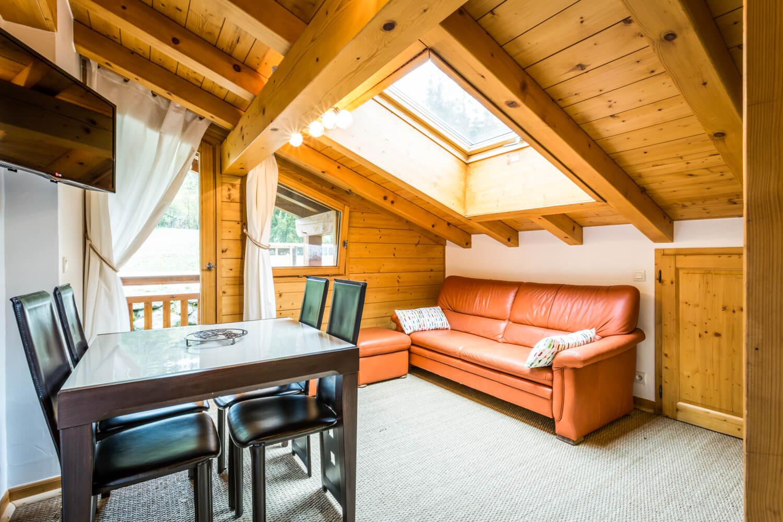 Ha1 hiboux livingroom 1