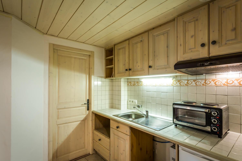 Ha2 studio kitchen 1
