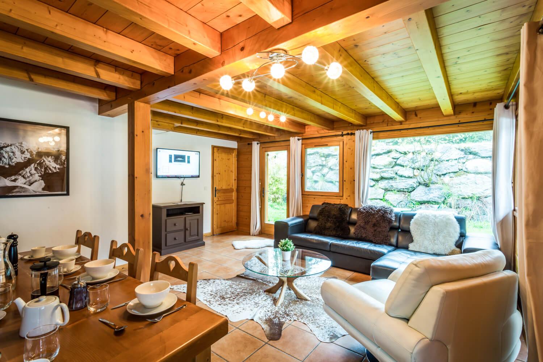 Ha1 panda livingroom 3